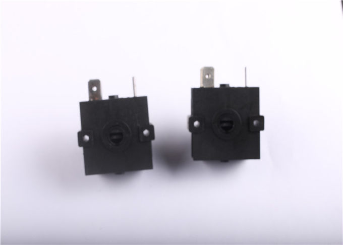 IP65 Waterproof Mini Rotary Switch 3 Position 3A 5A 12VDC For Electric Fan
